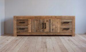 Vintage (antiik) stiilis puidust kummut