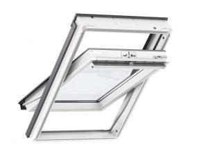 VELUX Standard Plus katuseaken. Polüuretaankattega, valge. Ülalt avatav (Hooldusvaba) GLU 1061