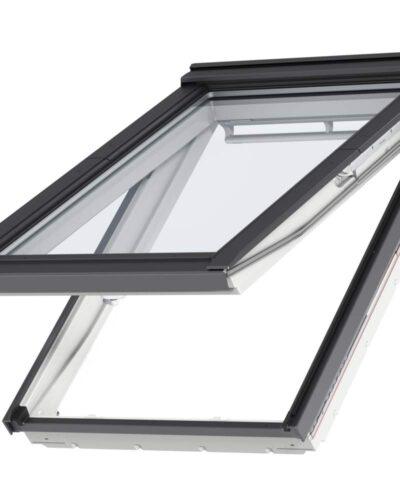 VELUX Premium katuseaken. Polüuretaankattega, valge. Alt ja ülalt avatav (käepide nii all kui üleval). Panoraamvaade. 2-kordse klaaspaketiga. GPU 0050