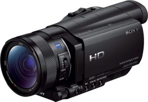 Sony HDR-CX900, must