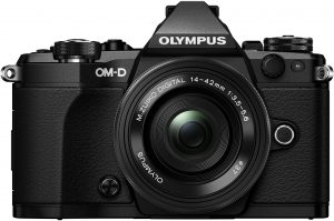 Olympus OM-D E-M5 Mark II + 14-42mm EZ Kit, must