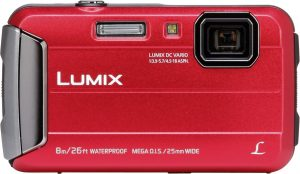 Panasonic Lumix DMC-FT30, punane